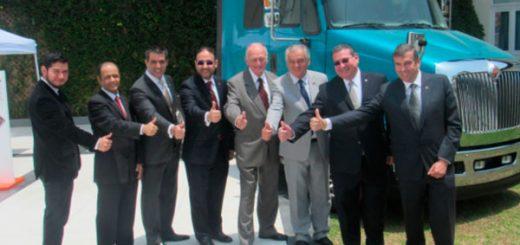 international camiones refuerza presencia peru