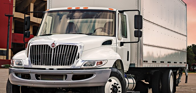 international-camiones-diferencia-tractocamion