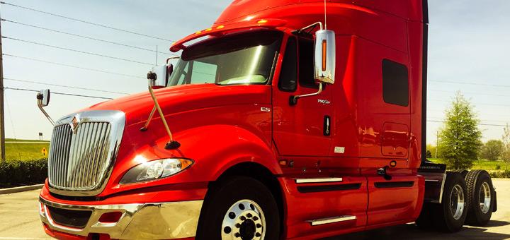 importancia-aceite-camion-de-carga-previene-desgaste